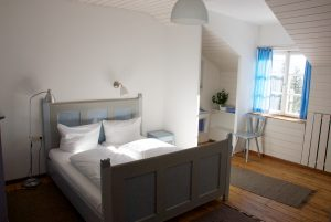 Almbad Sillberghaus Gästezimmer mit Doppelbett