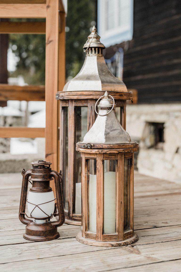 Laternen & Kerzen zur Trauung auf der Terrasse